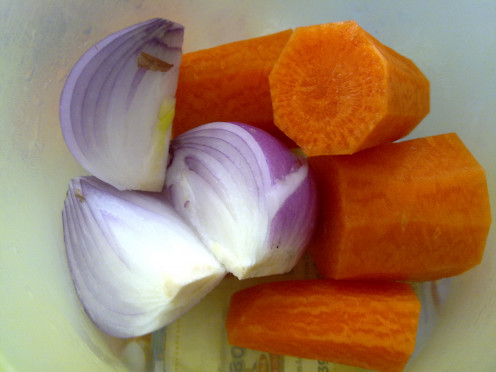 Onions and carrots have bundle of benefits that help our body to fight against diseases