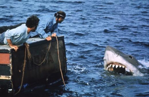 Robert Shaw & Richard Dreyfuss in Jaws (1975)
