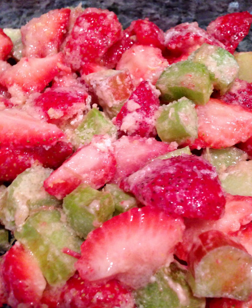 "Nature's Bounty Strawberry-Rhubarb Crisp ""In the Raw"""