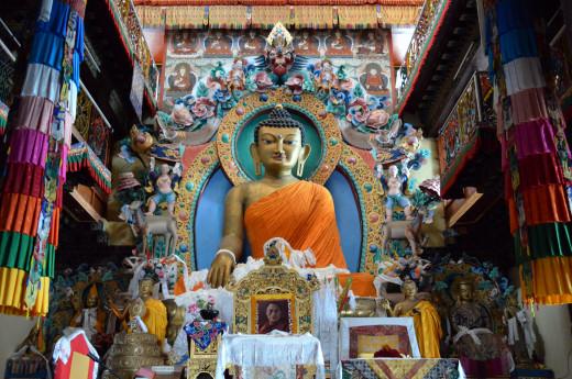 Tawang Monastery By Saurabhgupta8 [CC-CC-BY-SA-4.0 (http://creativecommons.org/licenses/by/4.0/)], via Wikimedia Commons