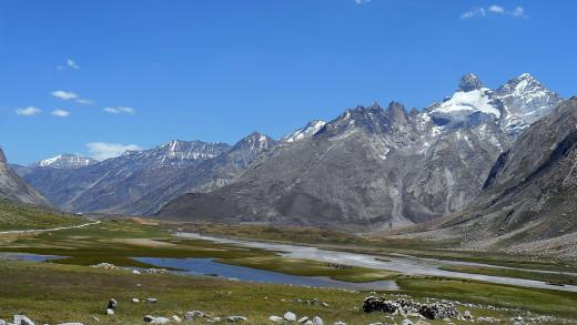 Picturesque Suru valley in Ladakh Himalayas, India