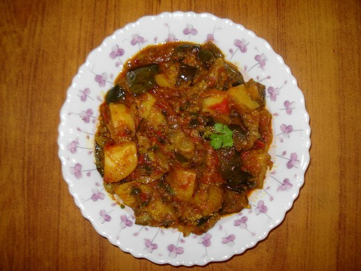 Aloo Baingan with roasted peanut masala