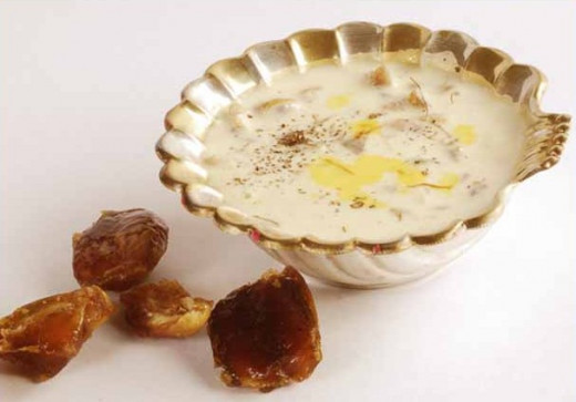 Rice Kheer (with some dates)