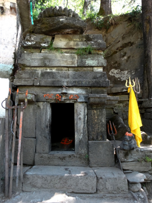 The temple of Adi Kedareswar