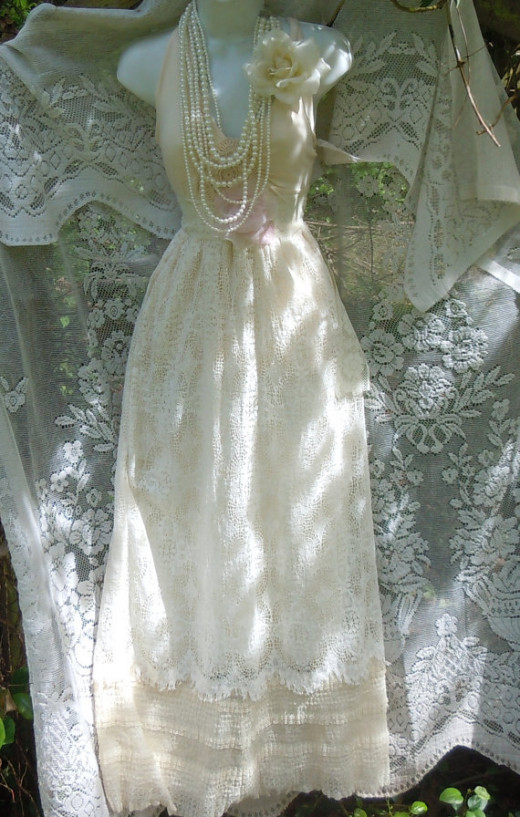 A beautiful nostalgic wedding dress...All credits to Vintage Opulence