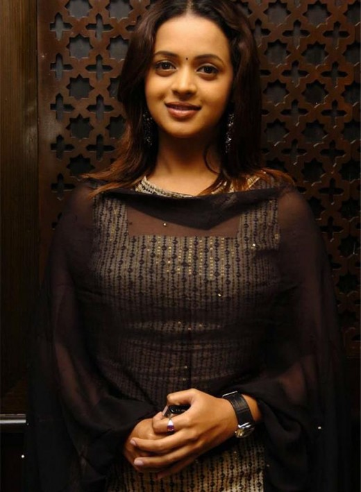 bhavana sexy photos -- actress bavana photo gallery