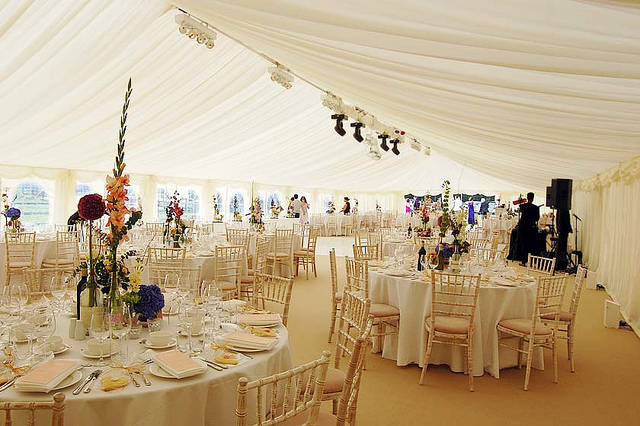 Tents 101 Your Guide To Renting A Tent For A Wedding Or Party