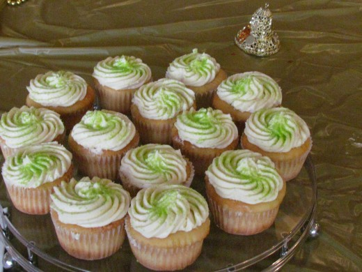 Delicious cupcakes by Sybil.