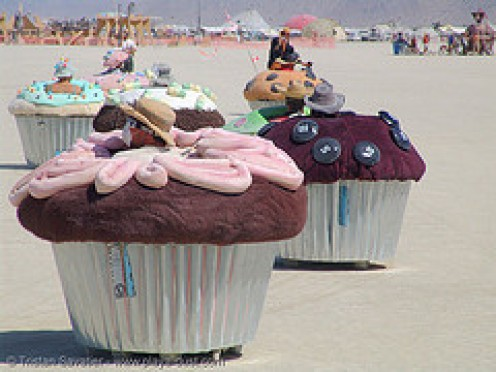 Motorized cup cakes