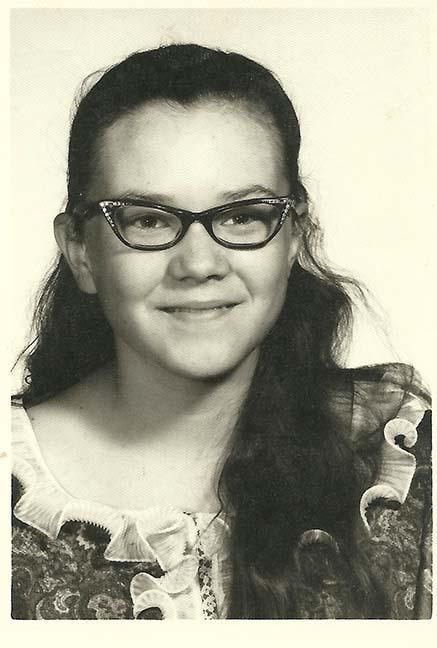 Cat-eye glasses.. the worst!