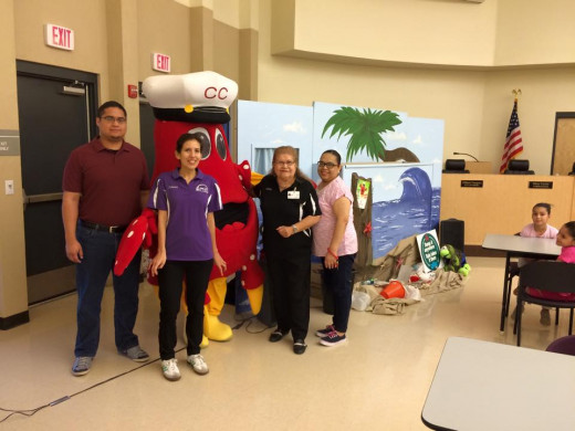 Captain Crab visits the San Juan Public Library in South Texas. This is the kick-off event for their 2015 summer reading program.