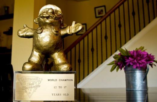 1990 golden mario statue