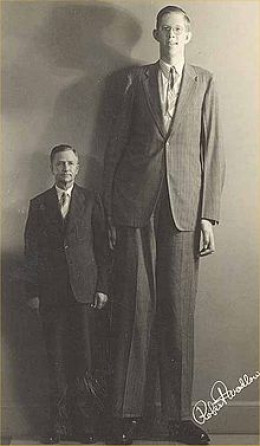 Robert Pershing Wadlow and his father