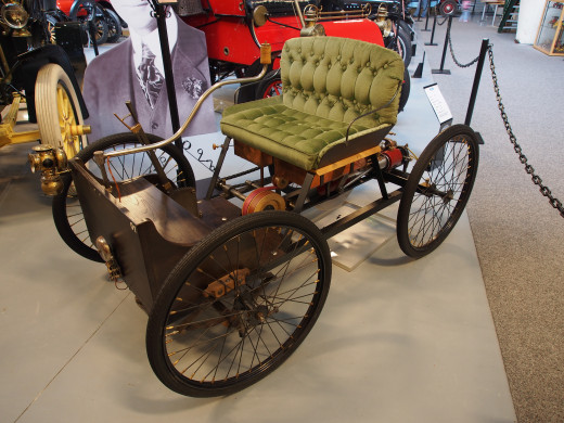 A replica of the Quadricycle. Dedicated to Public Domain