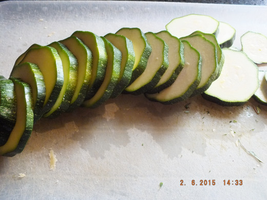 Wash your zucchini and slice it into 1/4 inch rounds.