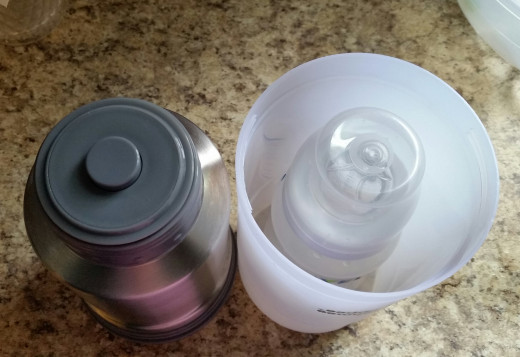 Avent 9-ounce bottle in carafe.