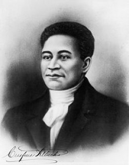 """Speculative portrait of Crispus Attucks. (ca. 1723-1770). This patriot of African descent, was the first casualty of the so-called """"Boston Massarce."""