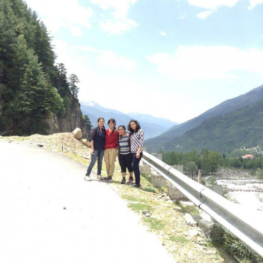 On the way to Solang Valley