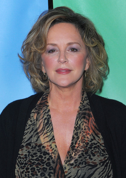 Bonnie Bedelia returns as Holly for her last appearance to date...