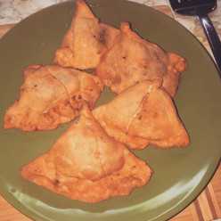 Recipe of Potato Samosa | A Pakistani / Indian Snack