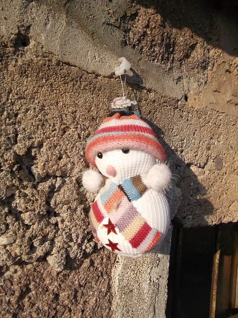 Knitted snowman ornament