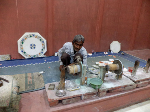 Demonstration of Traditional Method Of Marble Inlay At UP Handicraft Development Centre, Agra