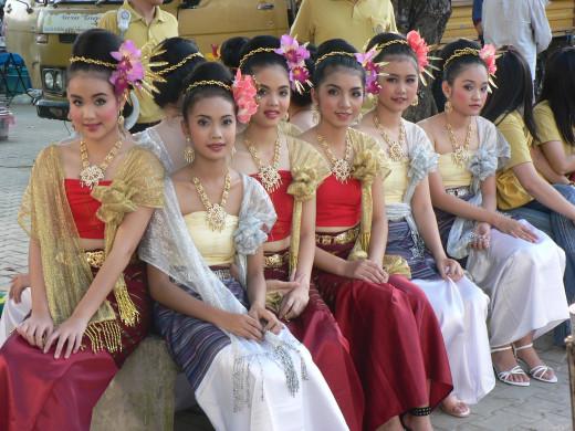 Thailand women (en.wikipedia.org)