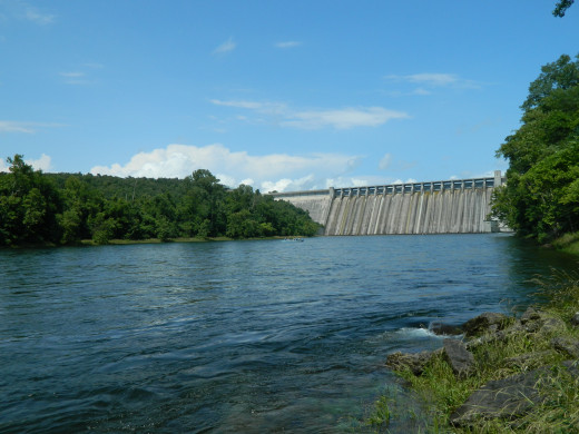 Bull Shoals Dam and the White River