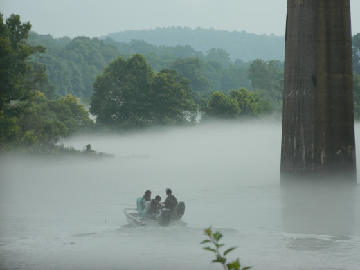Early morning fog at Cotter on the White River