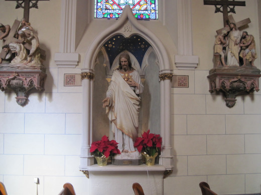 Statue in Loretto Chapel