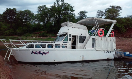 The house boat I used for an overnight cruise.