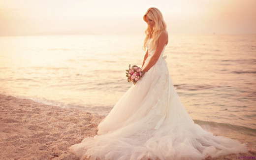 Beach wedding venues are simple, fresh and fulfills that longing we all have to be near the water. You can feel confident with your choice of a beach theme wedding.