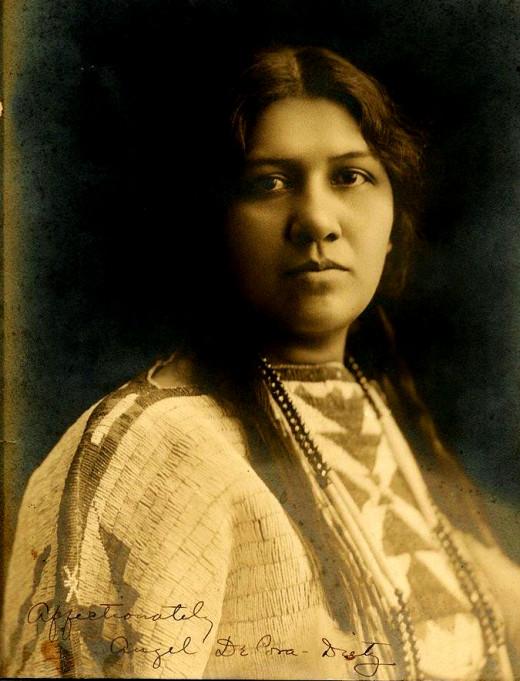 Hinook Mahiwi Kalinaka_Winnebago circa 1900