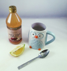 Lose weight by drinking lemon juice with apple cider vinegar every morning and every night