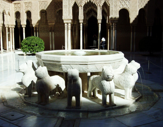 The fountain in the Palace of the Lions
