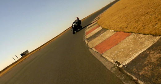 Knee down at 5 degrees Celsius after first warm up lap.
