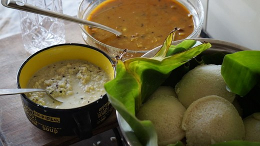 Idlis served with Coconut Chutney and Sambar