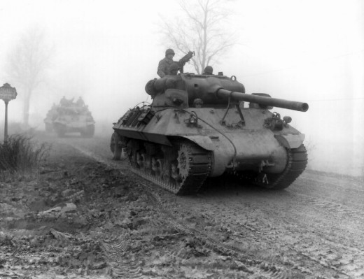 """""""American tank destroyers"""". Note the thick fog that negated Allied air superiority. Licensed under Public Domain via Wikimedia Commons"""
