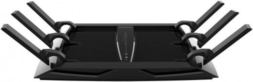 Netgear Nighthawk X6 AC3200 Tri-band Wi-Fi router (R8000)