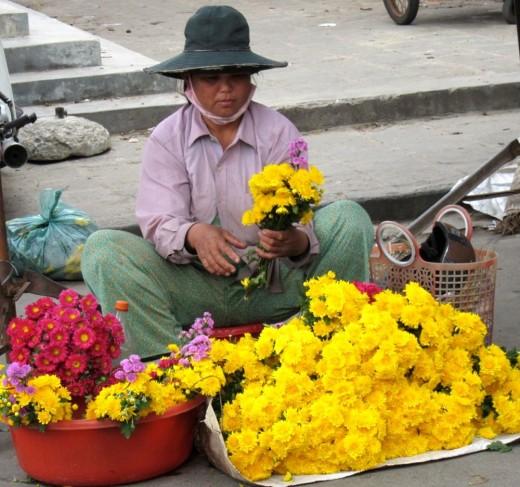 Flower Vendor in Hoi An