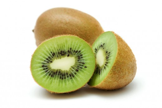 Eating a bowl of fresh kiwi helps satisfy your craving for sweets.