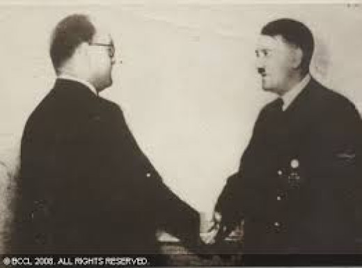 Bose wit Hitler