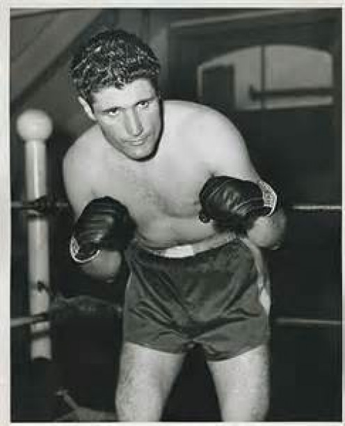 Ernie Lopez who went by the name Indian Red was a top welterweight in his prime.