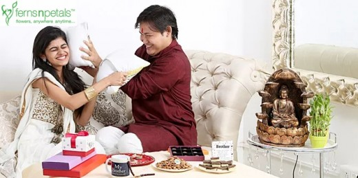 Rakhi Gifts and Rakhi defines siblings relationship