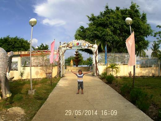 Sagbayan Peak Kids Town Entrance
