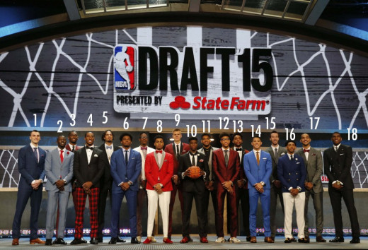 An assortment of the 2015 class lines up for a picture at the draft in Brooklyn