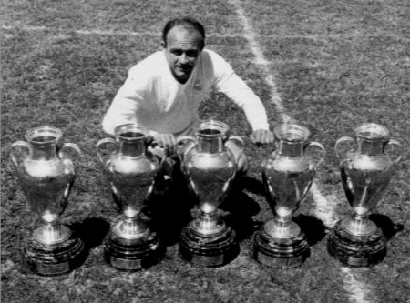 Di Stéfano with his five European Cups