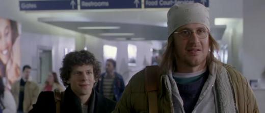 Left: Jesse Eisenberg as David Lipsky, Right: Jason Segel as David Foster Wallace