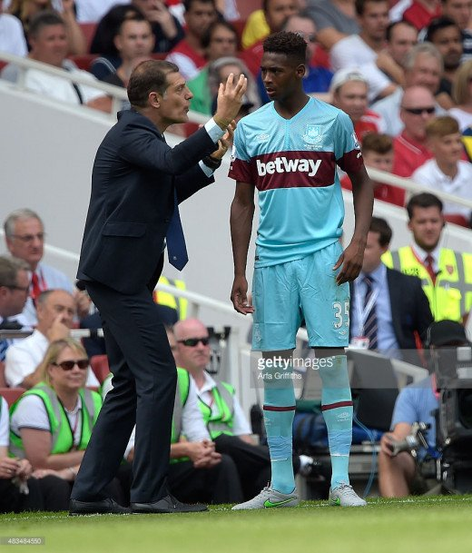 Bilic Offering advice to Reece Oxford