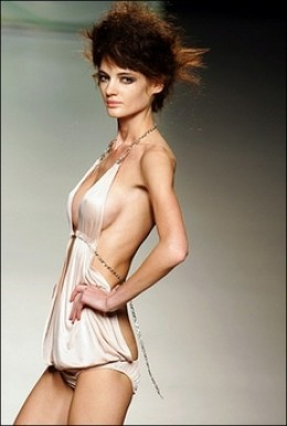 skinny model 3
